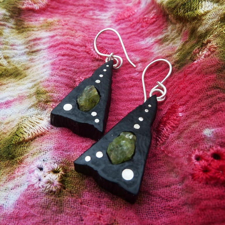 EARRINGS NA -052 EBEN - OLIVIENTE