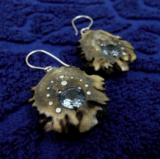 EARRINGS NA-021 DEER ANTLERS - Aquamqrin