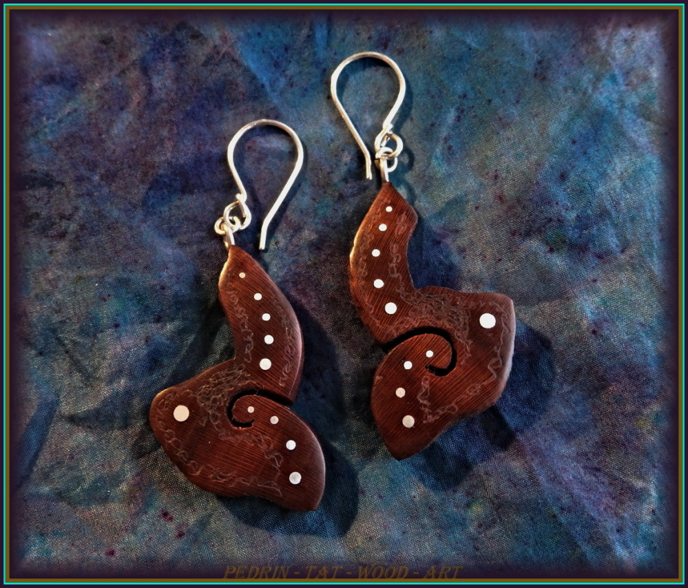 WOODEN EARINGS NA-166 PEAR Shamanic Garden