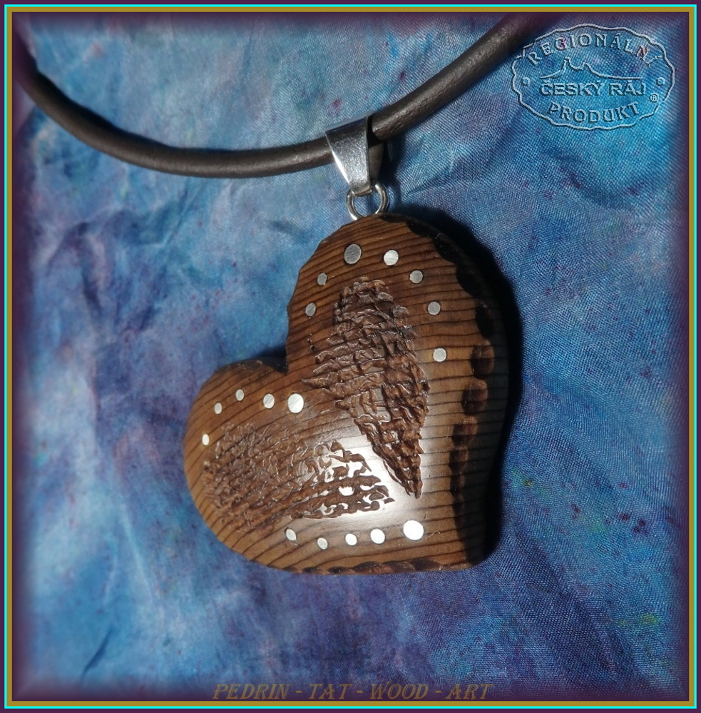 WOODEN NECKLACE NH-512 CEDAR