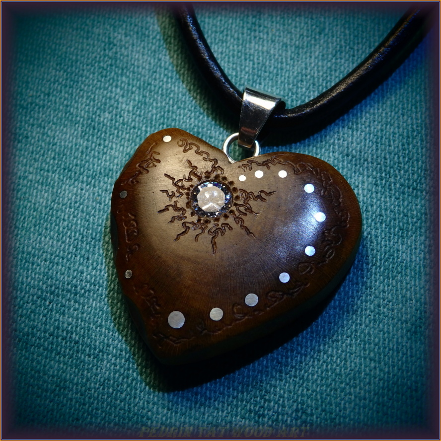 Wooden necklace NH-483 HEART - PRUNUS - ZIRCON